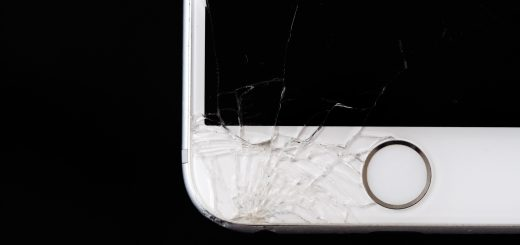 broken iPhone_insurance