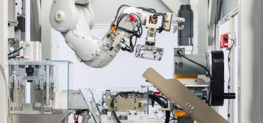 icorner_Daisy-robot-Apple