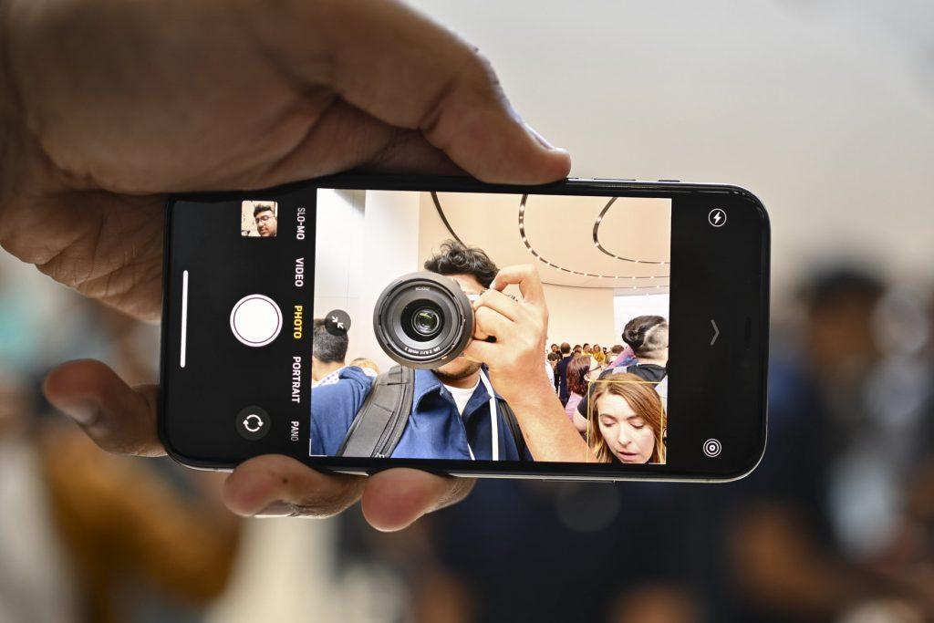 apple-iphone-11-pro-hands-on-jc-camera-mode-4-1920x1280