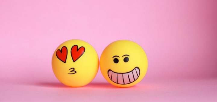 love-and-laugh-emoticons-W6RMR4K